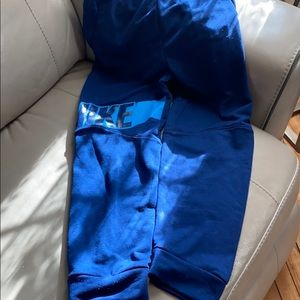 Nike Boys size L sweat pants
